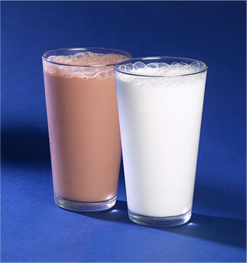 A glass each of plain and chocolate milk